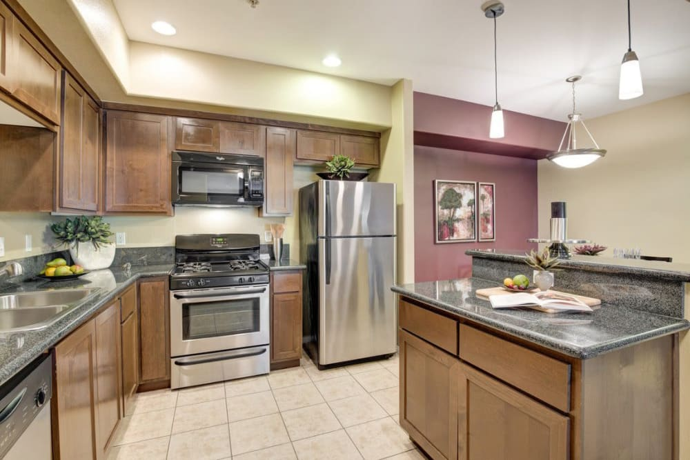 Large kitchen at Norterra Canyon Apartments
