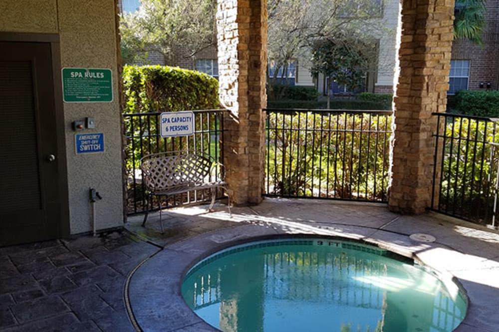 A fun hot tub at Trails at Corinthian Creek