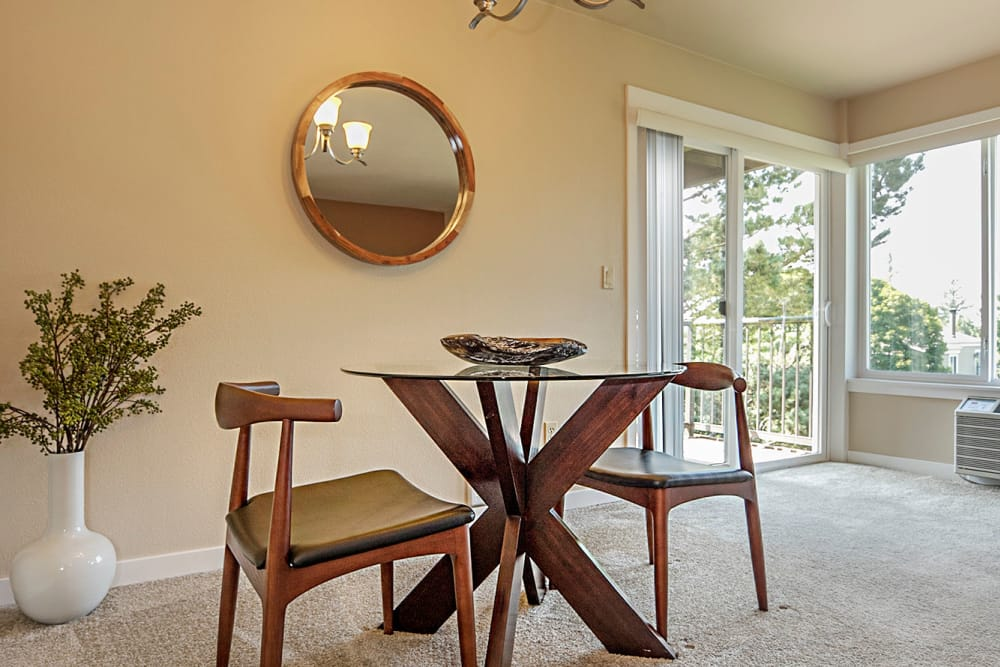 Inviting dining room at Sunset Summit Apartments
