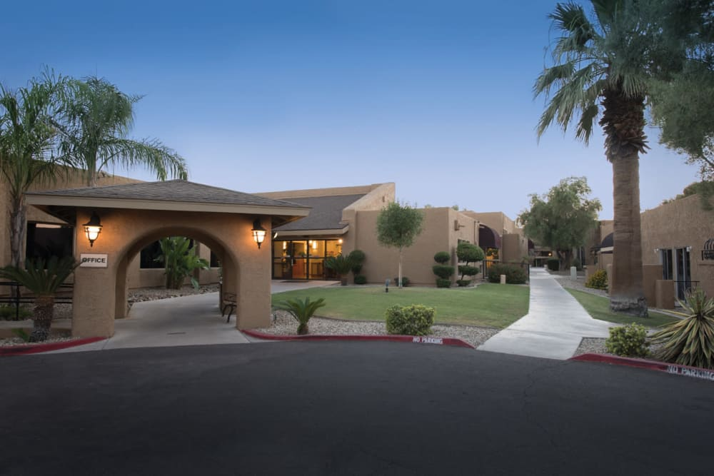 Spacious Living Room Scottsdale Village Square, A Pacifica Senior Living  Community In Scottsdale, AZ ...
