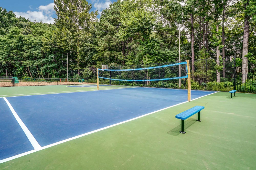 Tennis court at Aston Ridge Apartments