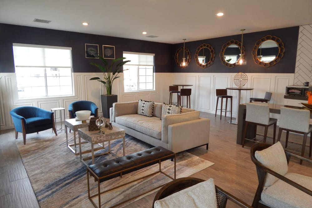Clubhouse living area at Woodgate Apartments