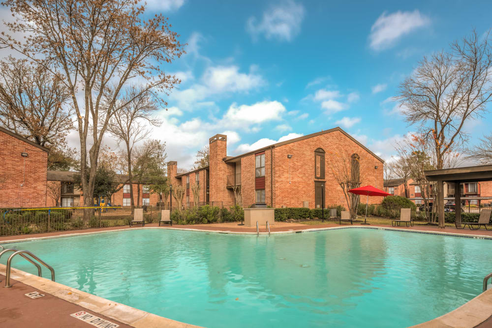 Shimmering swimming pool at Rock Creek apartments in Houston, Texas