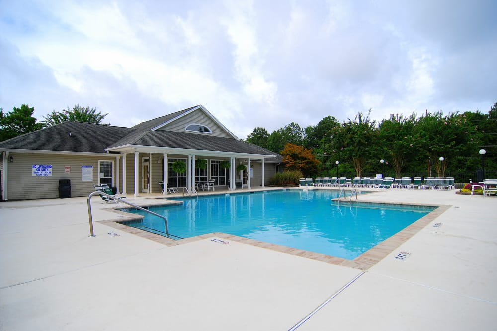 Swimming Pool at Huntington Place Apartments in Columbia, SC