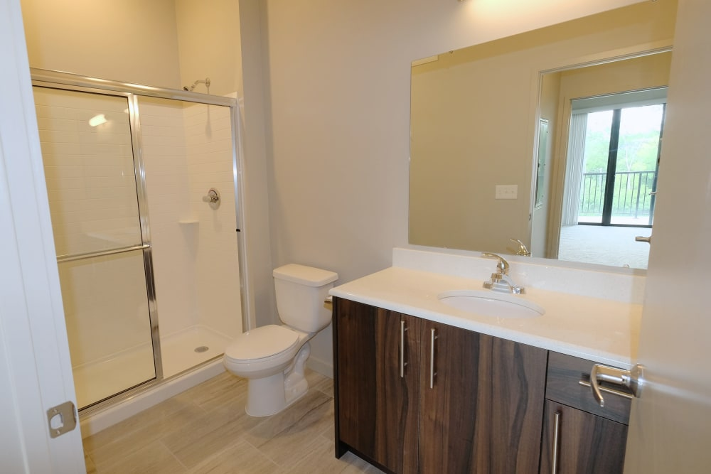 Starkweather Lofts offers a cozy bathroom in Plymouth, Michigan