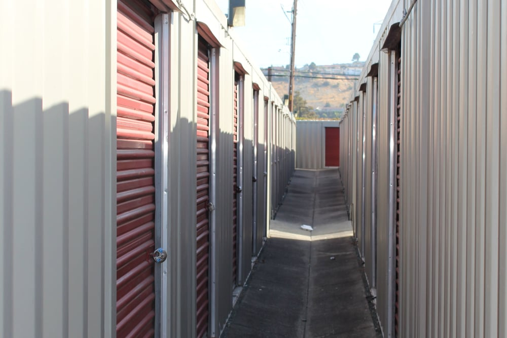 Exterior view of our self storage units in San Leandro, CA