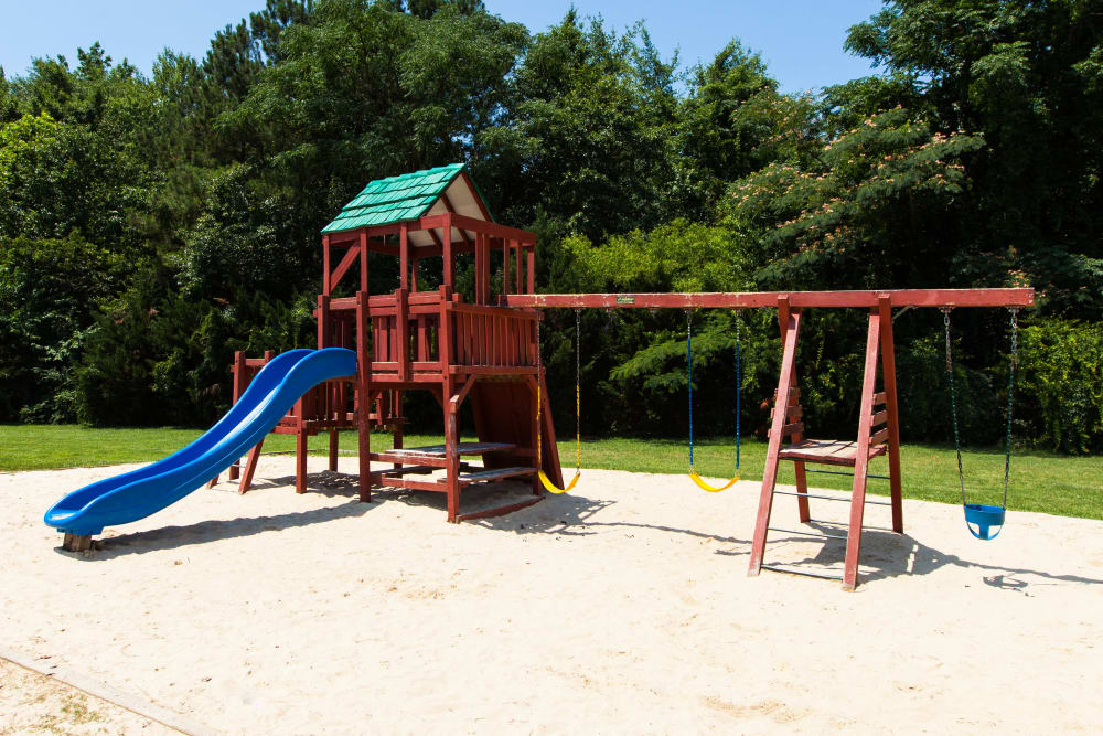 Cross Creek Cove Apartments & Townhomes has a playground on-site