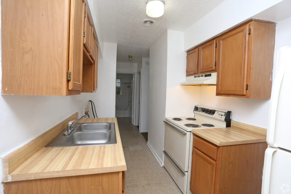 Spacious kitchen at King Edward Apartments in Lexington, Kentucky