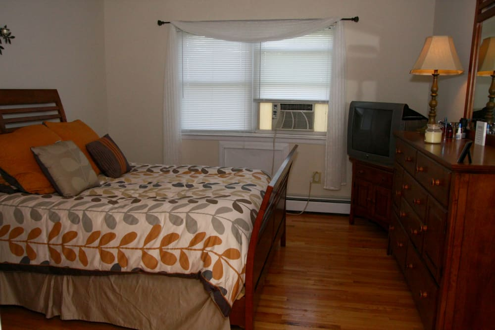 Bedroom layout at Center Grove Village