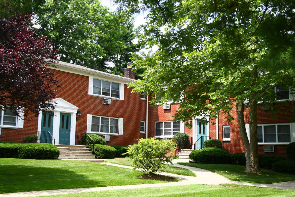 Center Grove Village offers a great landscaped area