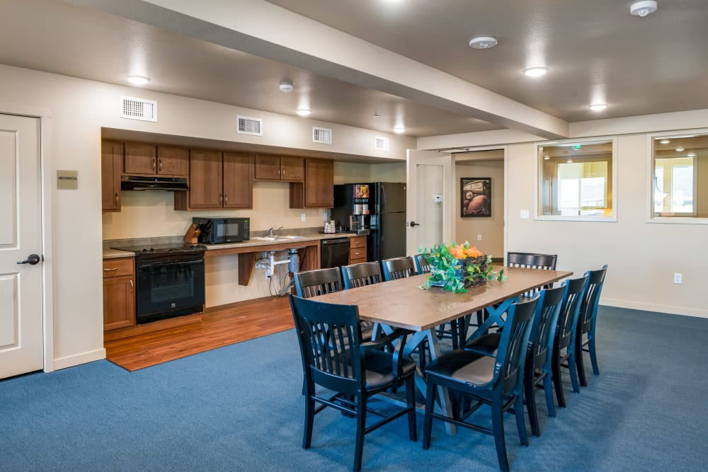 Family dining room at Affinity at Fort Collins