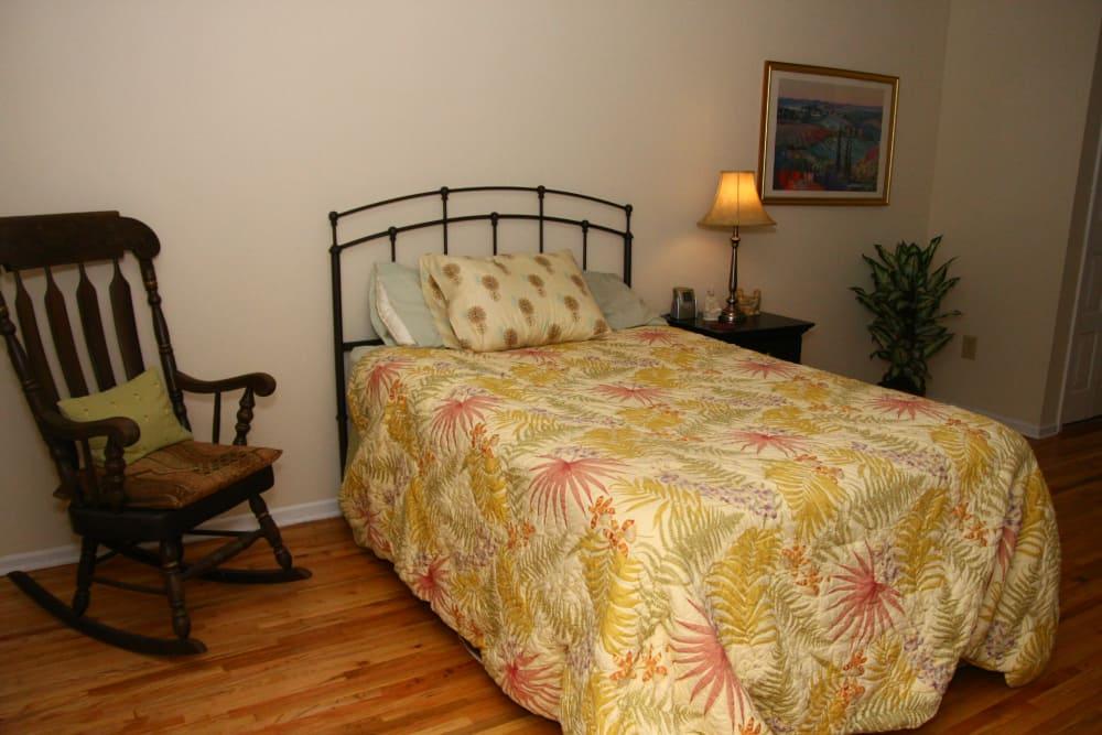 Cozy bedroom at Brandywyne East II in Brielle, New Jersey