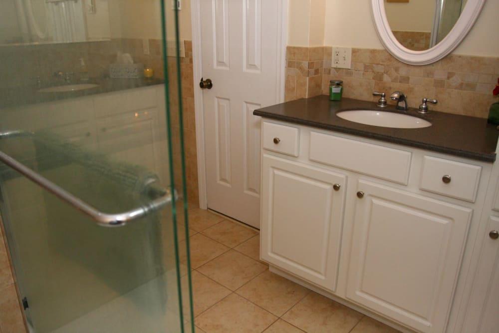 Bathtub at Brandywyne East II in Brielle, New Jersey