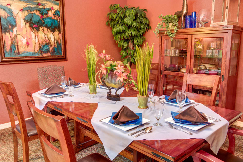 Dining area at Brentwood at Fore Ranch in Ocala, Florida.