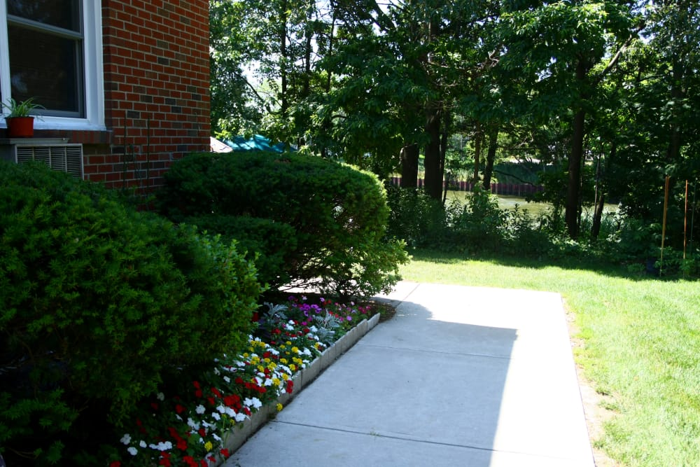 Nice walking paths at Waterway Court Apartments in Point Pleasant