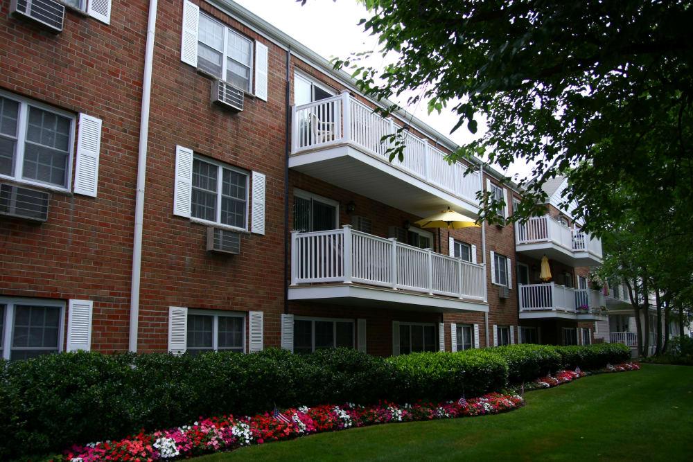 Brinley Manor has a park-like setting in Bradley Beach, New Jersey