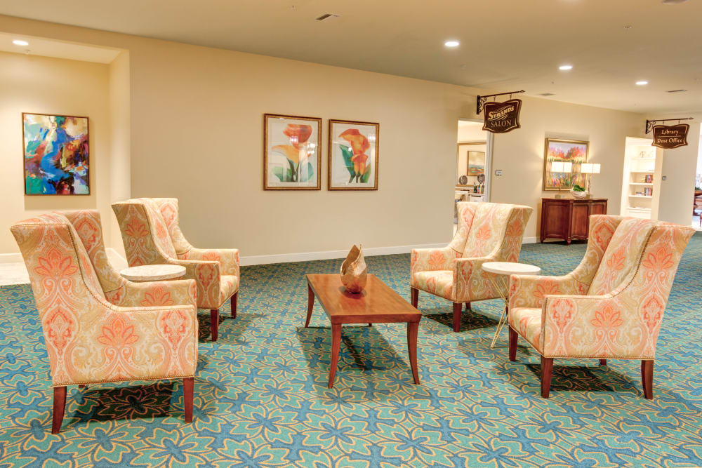 Lounge area at Symphony at Stuart in Stuart, Florida.