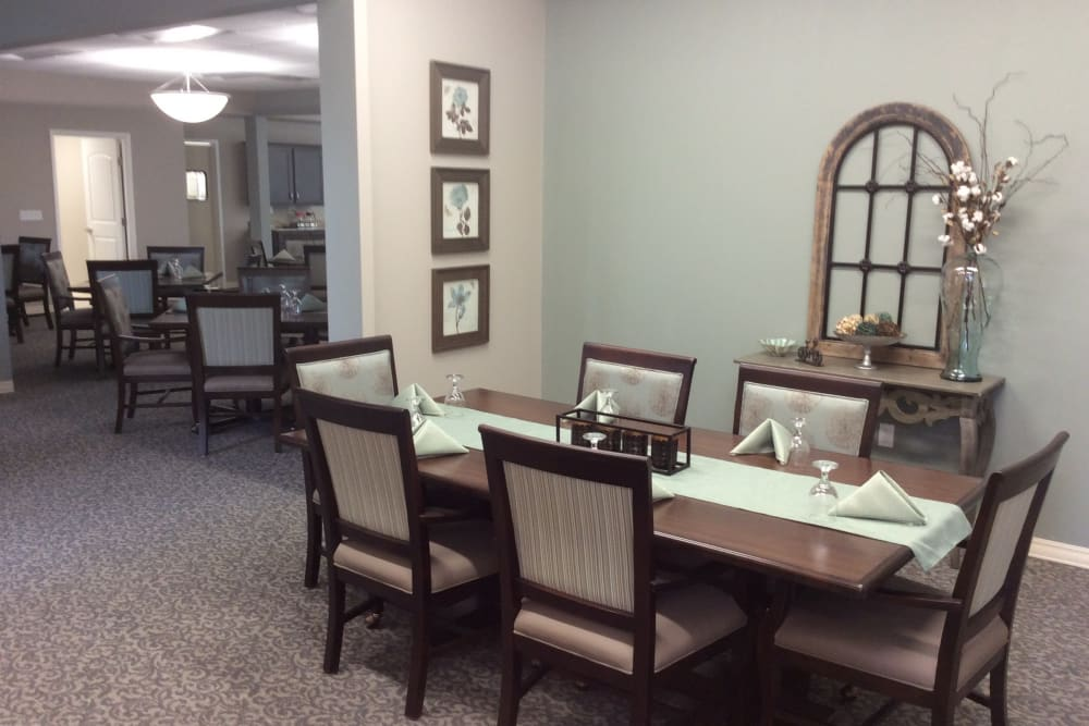 Long table in the dining hall at Serenity in East Peoria, Illinois