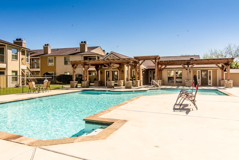 Beautiful swimming pool at Cedar Ridge Apartments in Baytown, TX