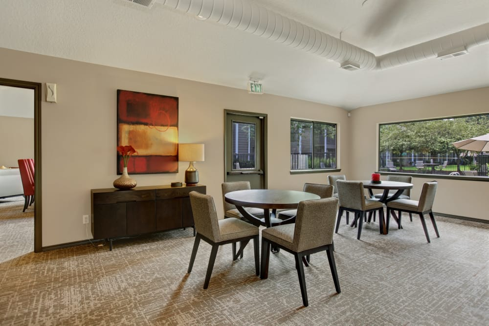 Dining area at Jasper Square Apartment Homes in Beaverton, OR