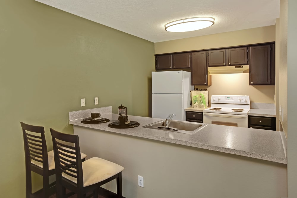 A view of the bar at Jasper Square Apartment Homes in Beaverton, OR