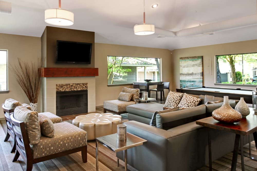 Comfortable area to relax in at Jasper Place in Beaverton, OR