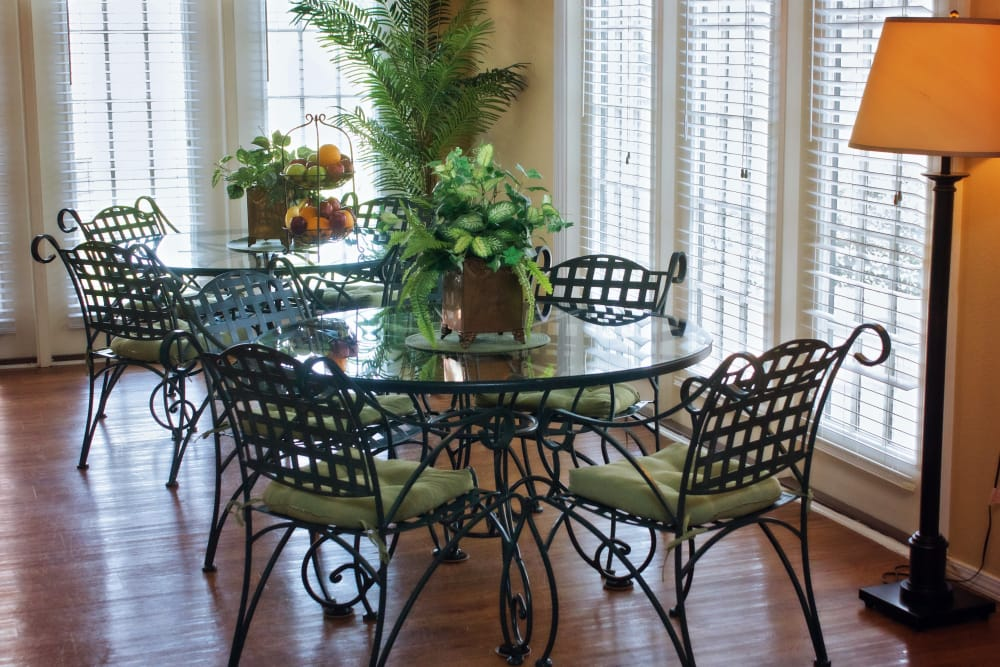 Breakfast nook at Azalea Estates of Monroe in Monroe, Louisiana