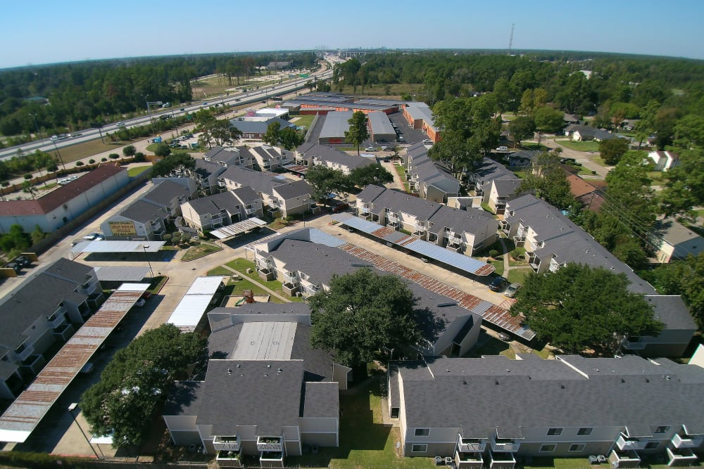 Aerial view of Waterchase Apartments