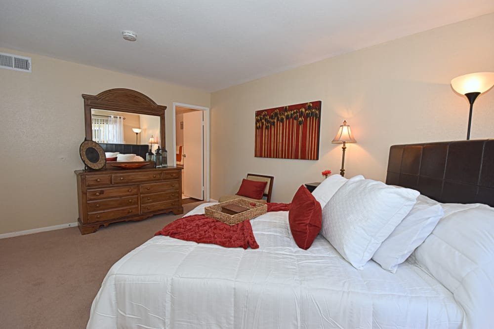 State-of-the-art bedroom at apartments in Humble, Texas