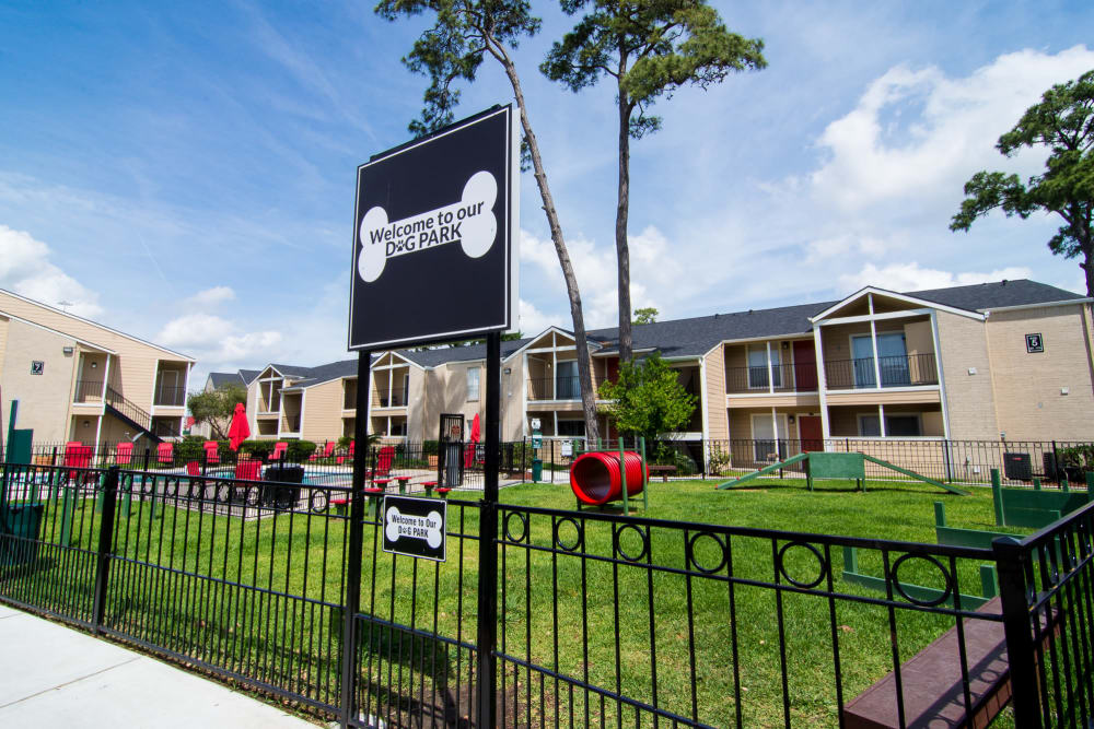 Bender Hollow Apartments offers a dog park in Humble, TX