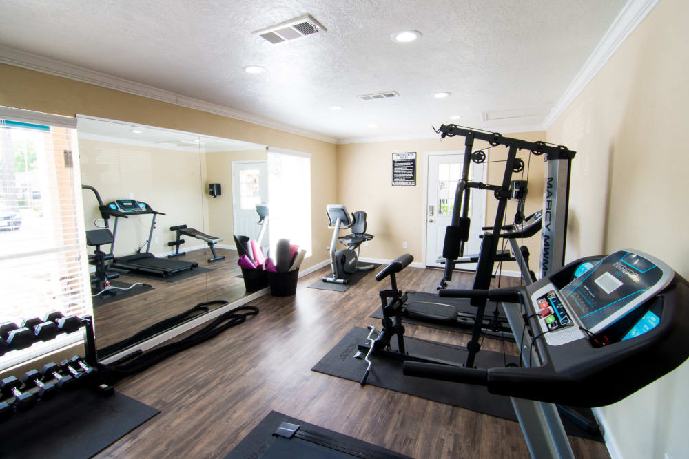 Modern fitness center at Bender Hollow Apartments in Humble, Texas