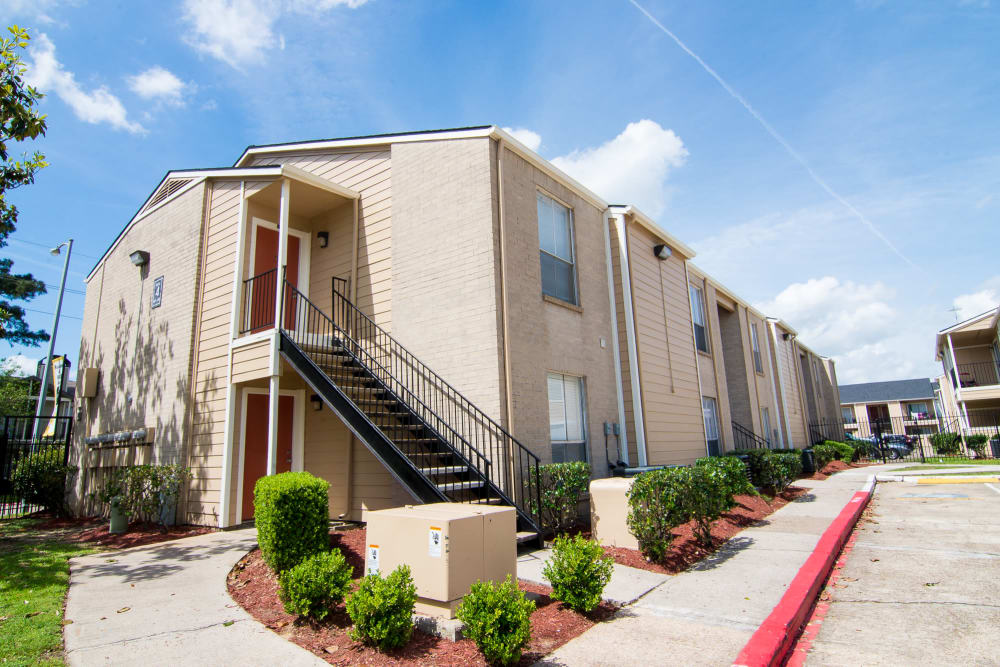 Exterior view of our building at Bender Hollow Apartments in Humble, TX