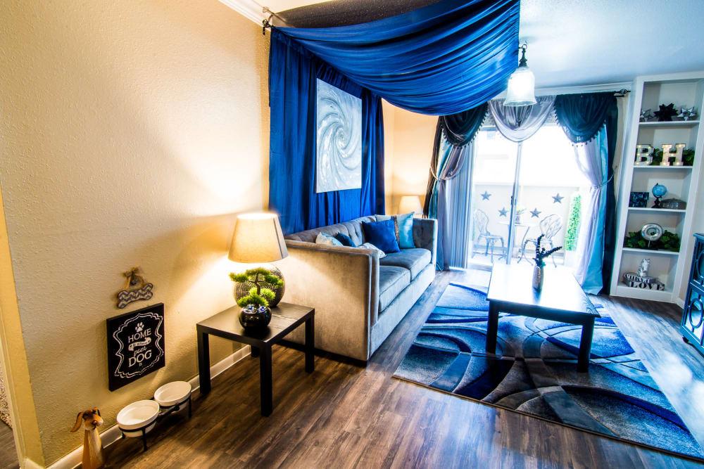 Unique living room at Humble, Texas apartments