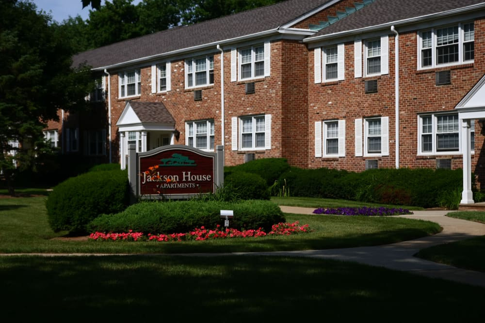Jackson House Apartments is ideally located in Chatham, New Jersey