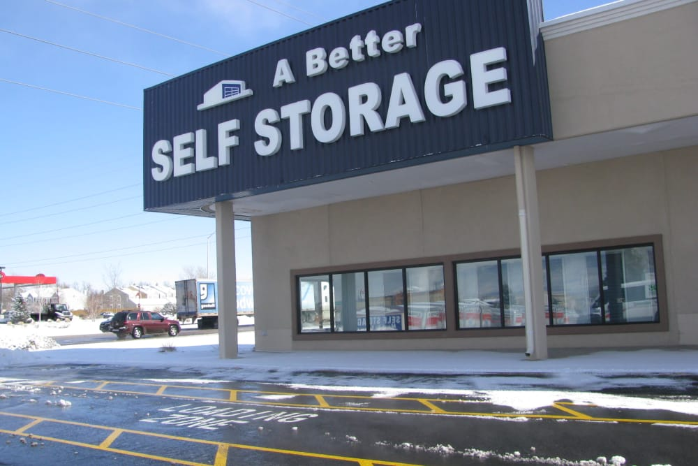 Exterior view of A Better Self Storage South Academy in Colorado Springs