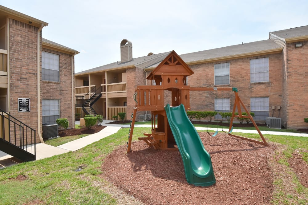 Apartments in Rosenberg, Texas with a playground