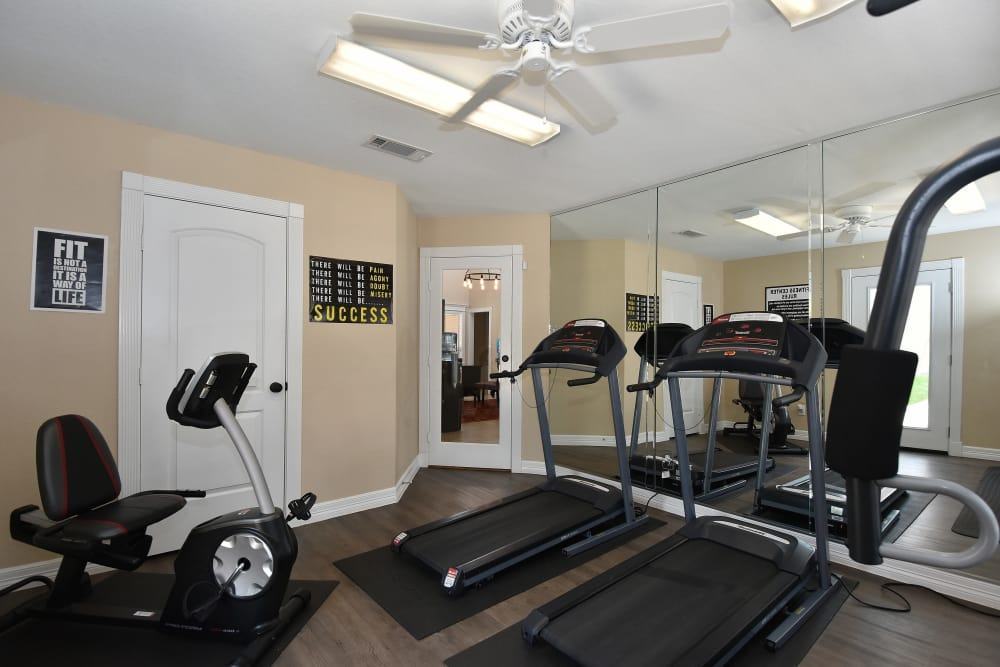 Apartments in Rosenberg, Texas with a fitness center