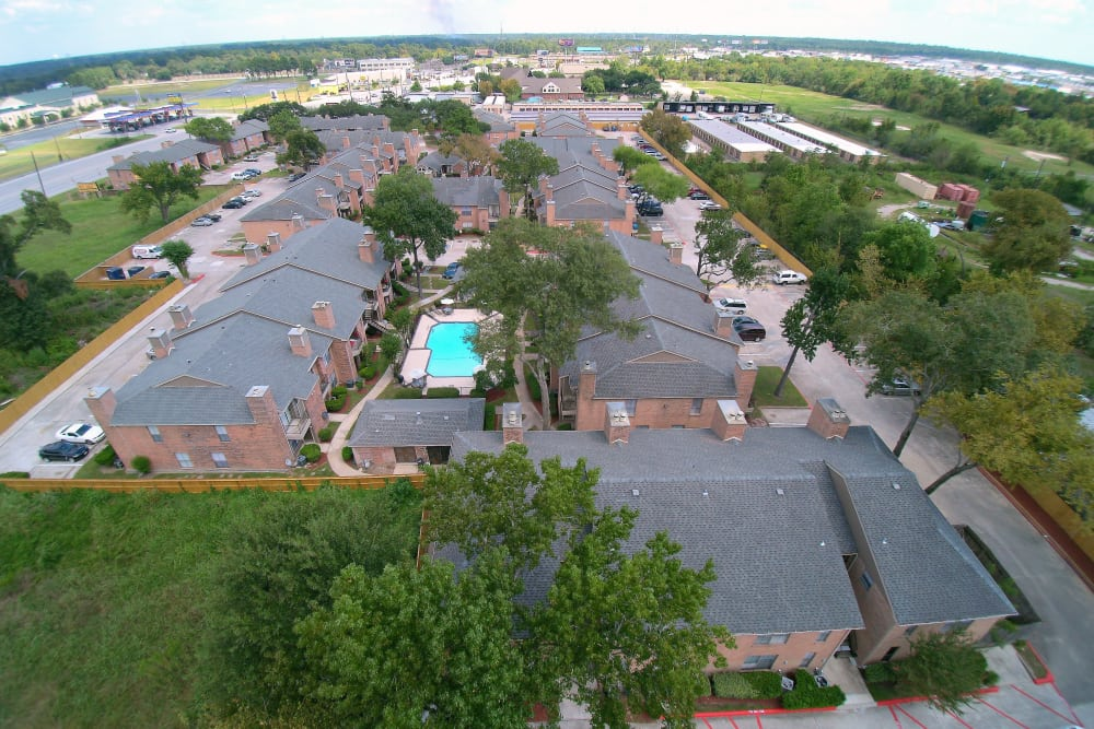Amazing drone view of Deerbrook Garden Apartments in Humble, TX