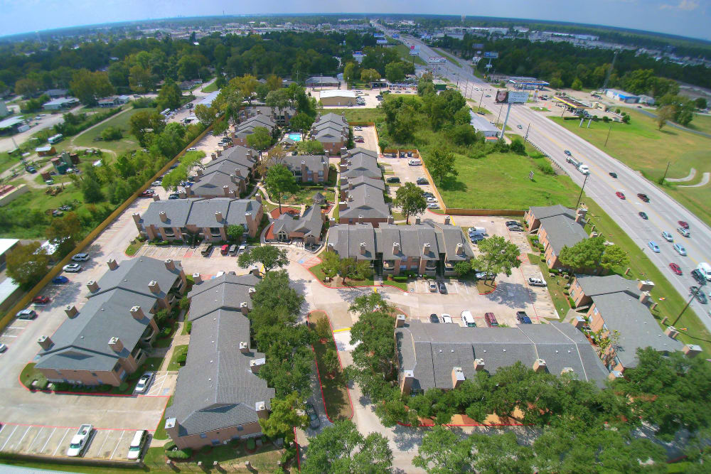Deerbrook Garden Apartments aerial view