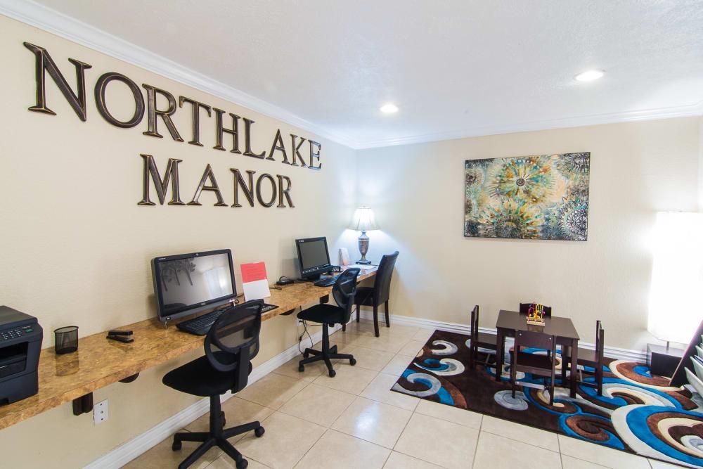 Computer room at Northlake Manor Apartments in Humble, TX
