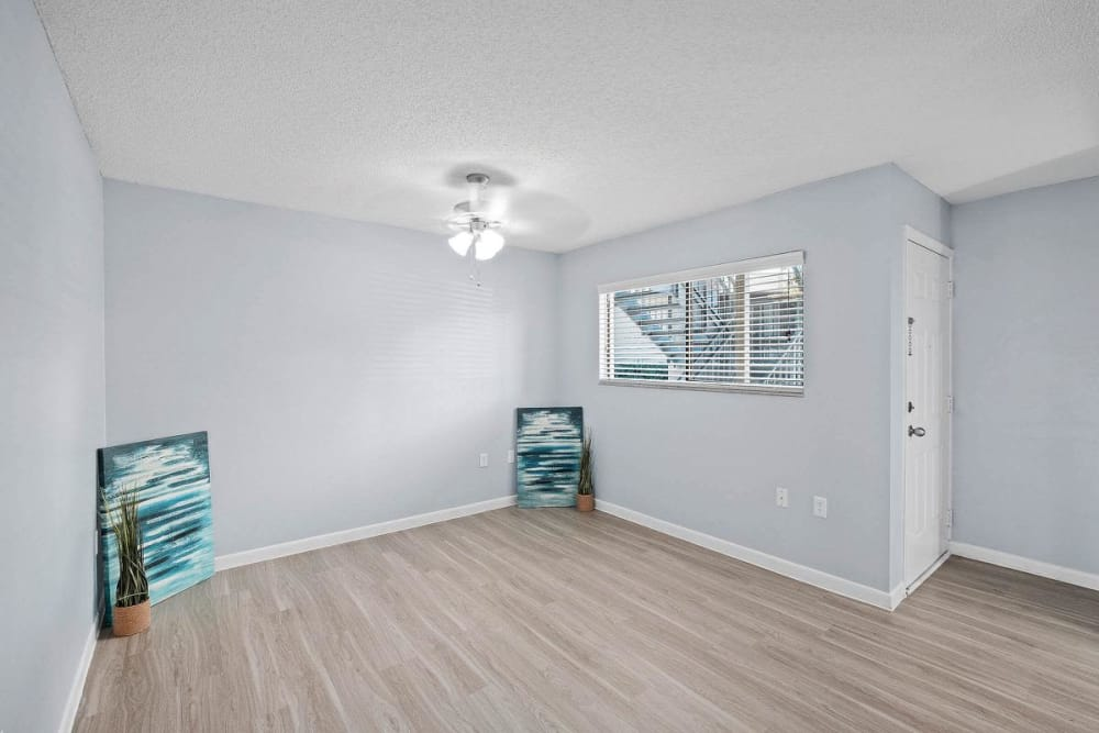 Spacious room with beautiful hardwood floors at WestEnd At 76Ten in Tampa, Florida