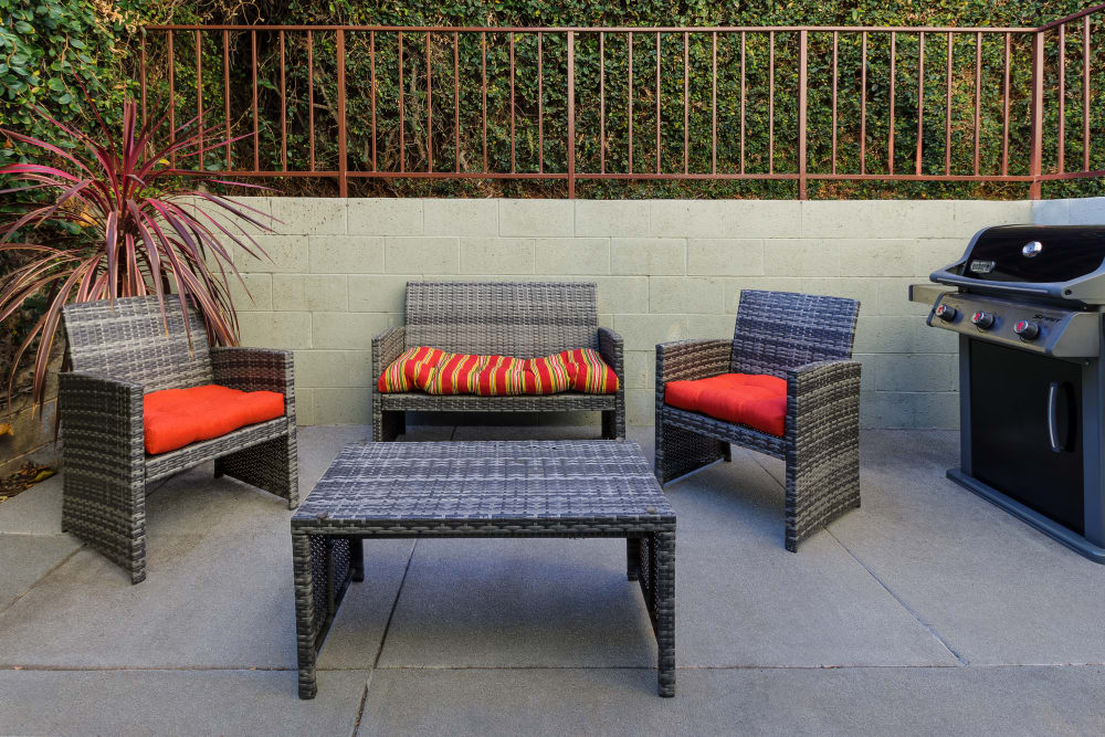 Ample seating next to the grilling station at The Diplomat in Studio City, California