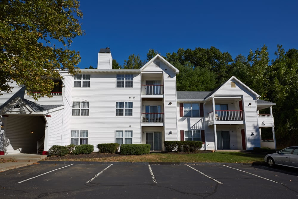Beautiful apartments for rent at Middletown Brooke Apartment Homes in Middletown, Connecticut