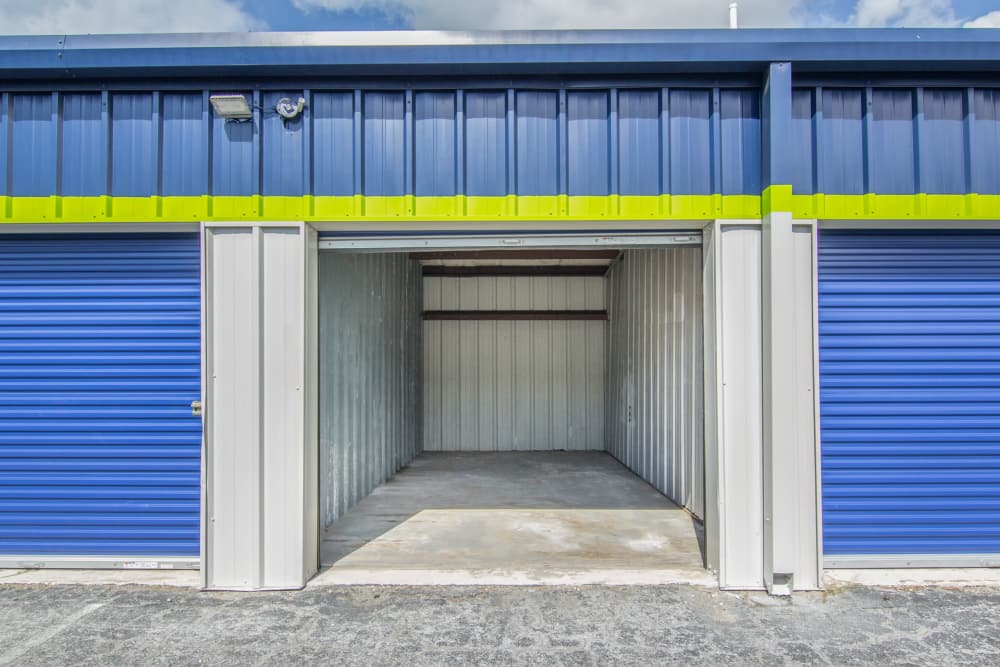 Prime Storage ground-level units in Marco Island, Florida