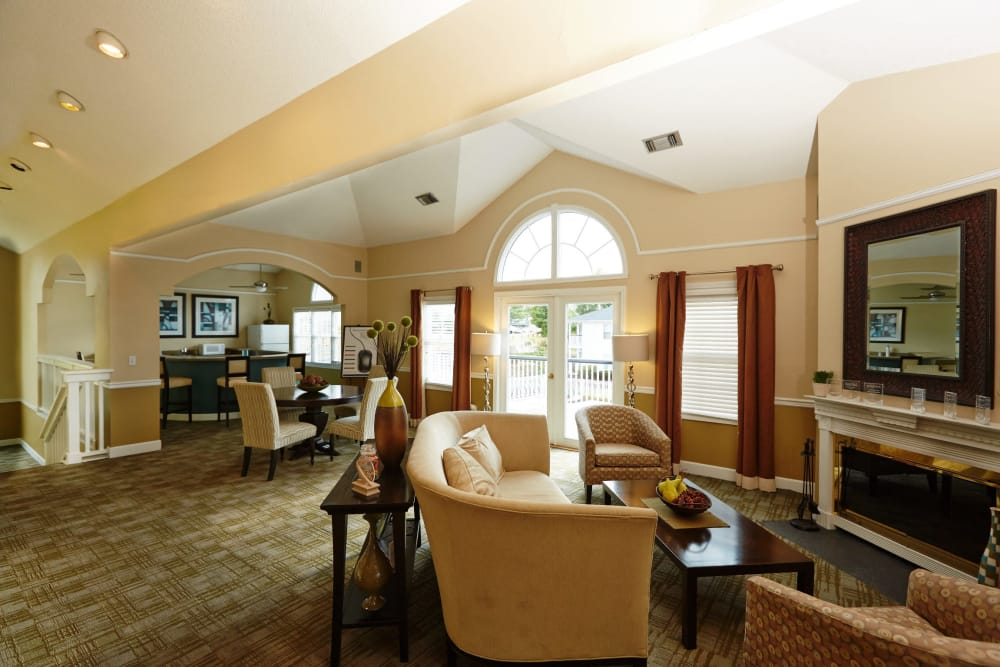 Interior of the Middletown Ridge Apartments clubhouse in Middletown