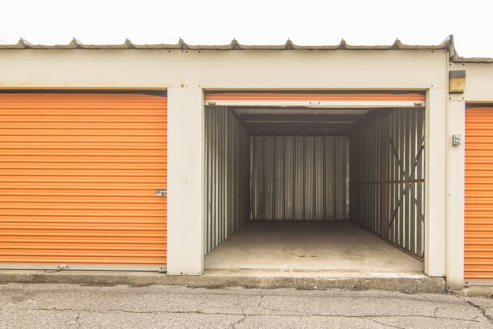 Drive-up units at Prime Storage in Lansing, MI