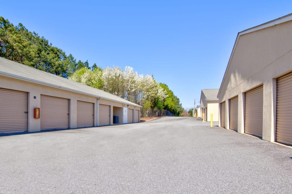 Wide driveways at Prime Storage in Marietta, Georgia
