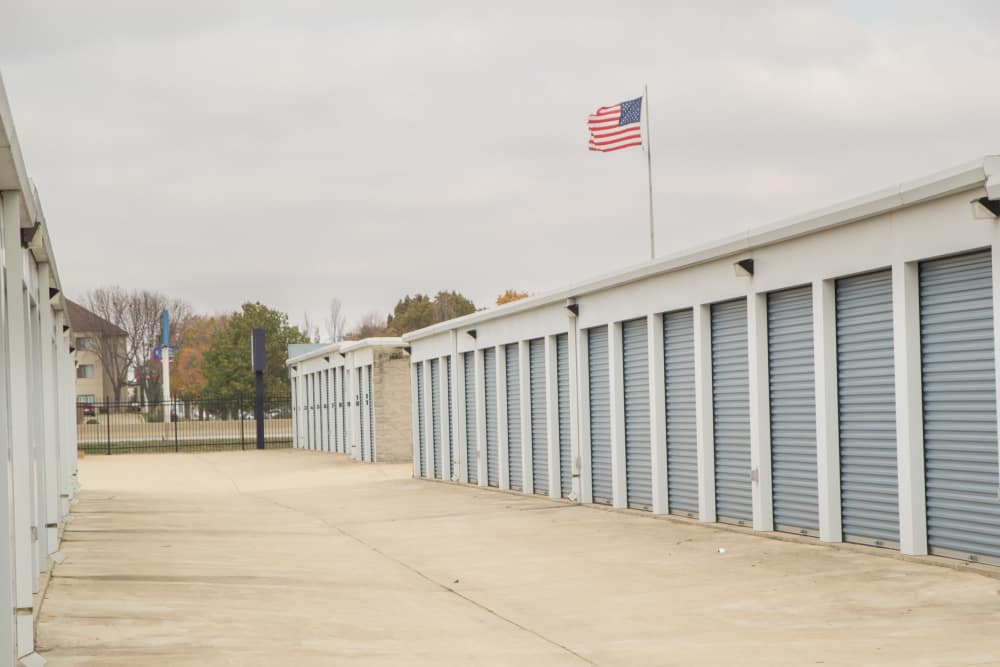 Charmant Prime Storage Has Wide Driveways In Champaign, Illinois