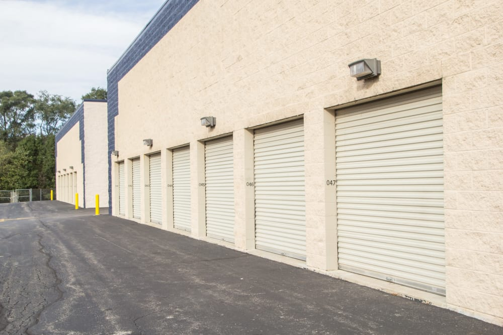 Self storage units west chicago il near winfield prime storage drive up units for sale at prime storage in west chicago illinois solutioingenieria Choice Image