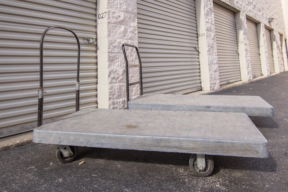 Prime Storage has dollies and carts available for use in West Chicago, IL